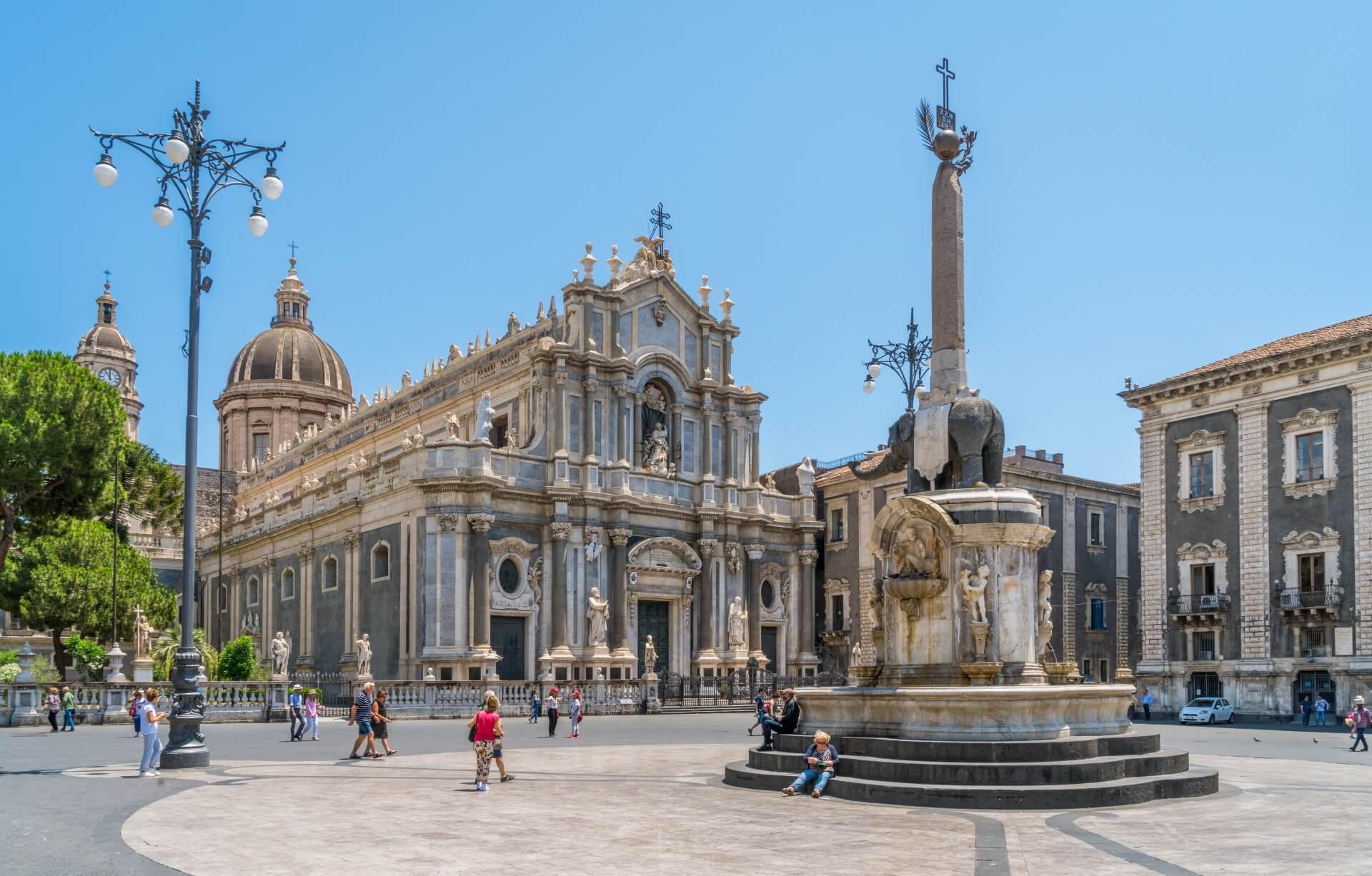 Piazza del Duomo in Catania in Sicilie